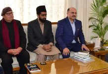 Lt Governor meeting delegation of Ahmadiyya Muslim Community on Wednesday.