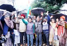 PoJK DPs staging protest at Press Club in Jammu on Tuesday. -Excelsior/ Rakesh