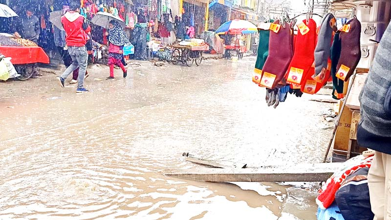 A view of overflowing drain water in main market of Mendhar. -Excelsior/Rahi Kapoor