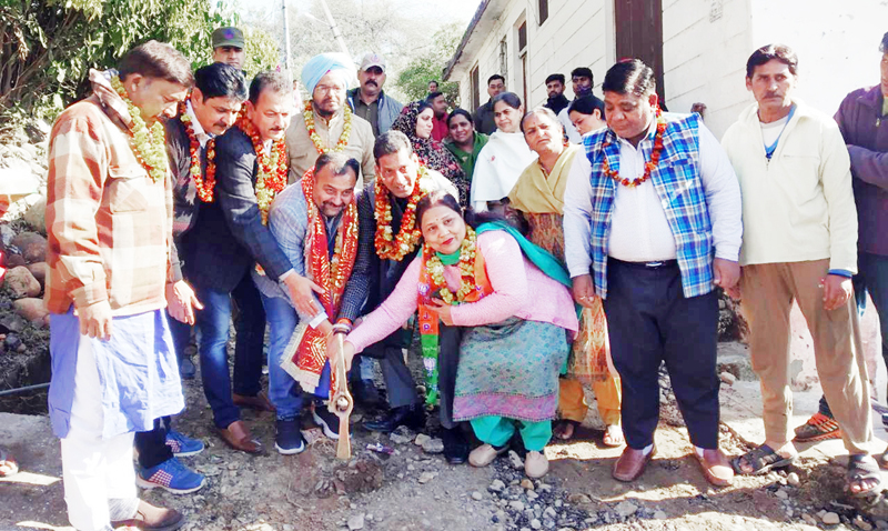 Former MLC and senior BJP leader, Vikram Randhawa kick-starting laying of tile work at Bahu Fort on Monday.