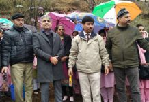 Jaffer Hussain Beg, Principal District & Sessions Judge, Rajouri and other staff of DLSA Rajouri during a drive at BGSBU.