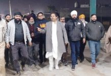 Congress leader Raman Bhalla interacting with people at Bandhurakh in Jammu.