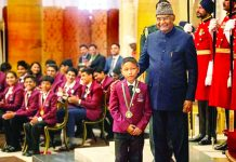President Ram Nath Kovind presents Pradhan Mantri Rashtriya Bal Puraskar, 2020 (National Bravery Award) to Lalkansung at Rashtrapati Bhawan, in New Delhi on Wednesday.