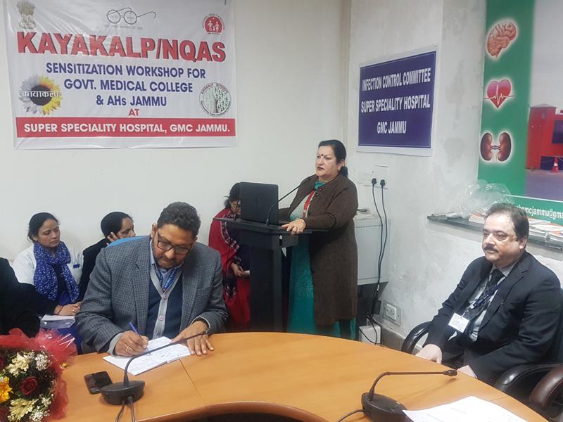 Dr Sunanda Raina, Principal and Dean GMC and AHs Jammu expressing her views during workshop.