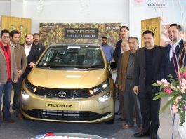 Dignitaries during launch of 'Altroz' at Fairdeal Motors.
