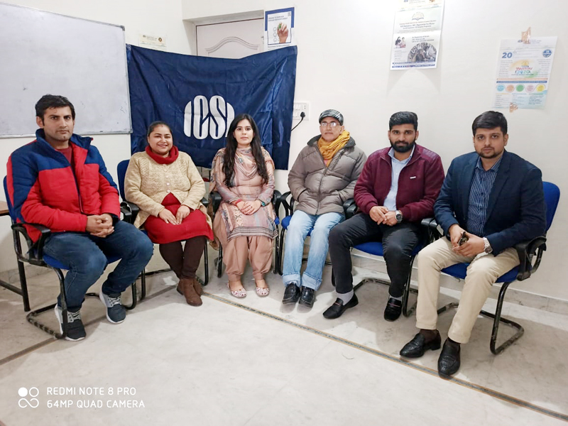 Newly elected office bearers of ICSI Jammu posing for a photograph.
