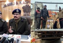 SSP Jammu Tejinder Singh interacting with media persons at Jammu on Tuesday (left), dog squad which detected narcotics (right). -Excelsior/Rakesh