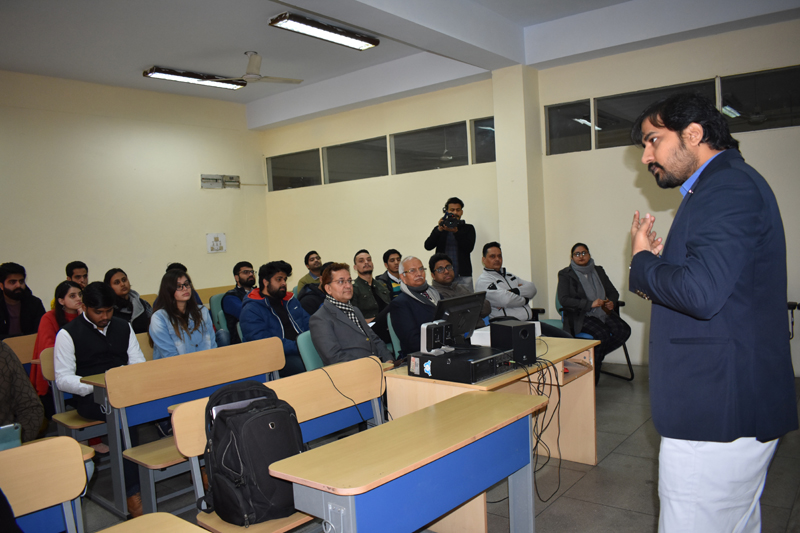 Resource person interacting with students and youth during a seminar organised by FTII, Pune in Jammu.