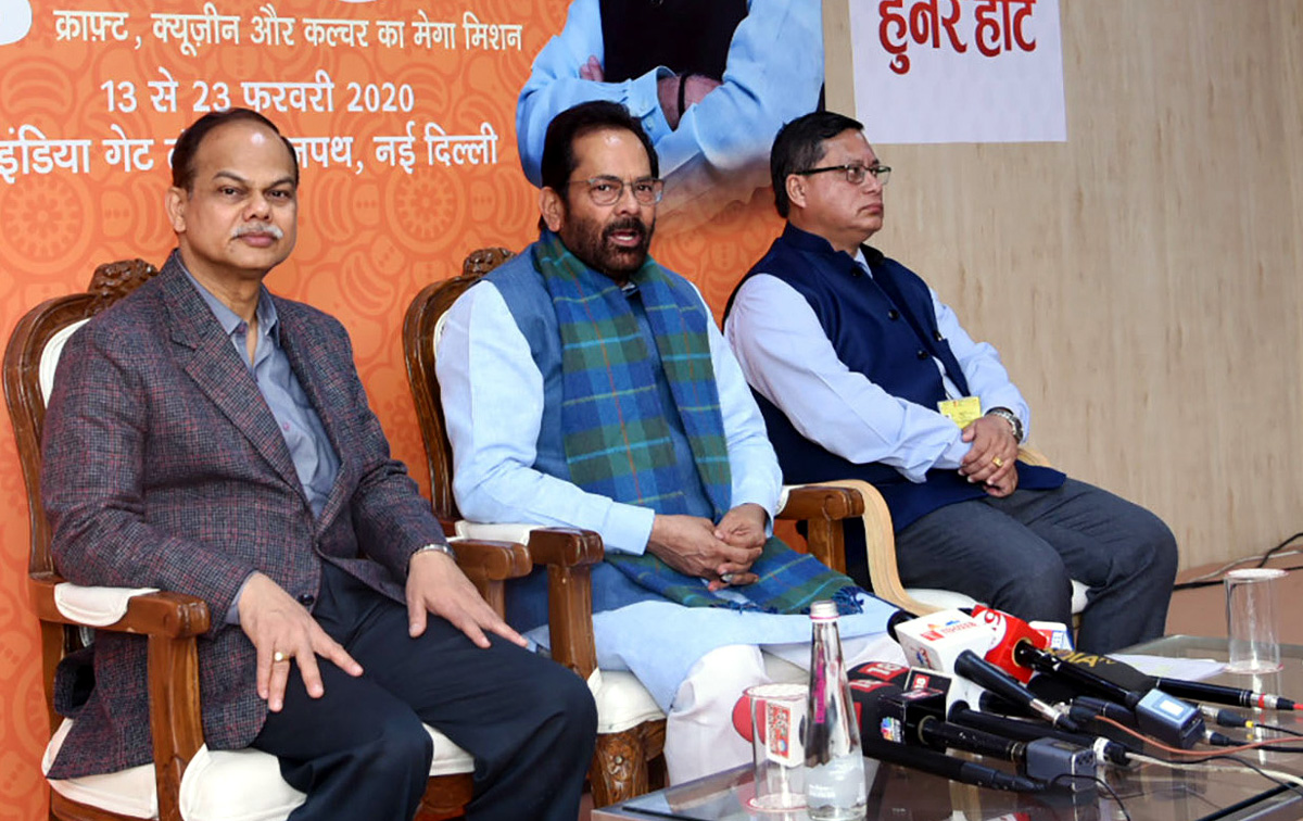 Union Minister for Minority Affairs, Shri Mukhtar Abbas Naqvi addressing a press conference, in New Delhi on Sunday.