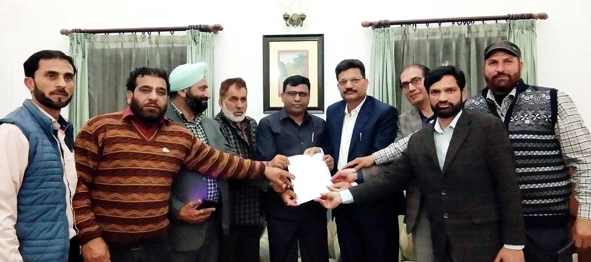 BJP, OBC Morcha delegation submitting a memorandum to VC National Commission of BC, Dr Lokesh Kumar Prajapati at Jammu on Monday.