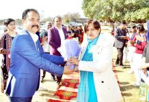DSEJ being received at HSS Bhalwal.