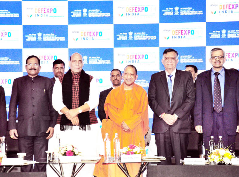 Defence Minister Rajnath Singh and Uttar Pradesh Chief Minister Yogi Adityanath during curtain raiser of Defence Expo 2020 in Lucknow on Tuesday. -Excelsior Photo