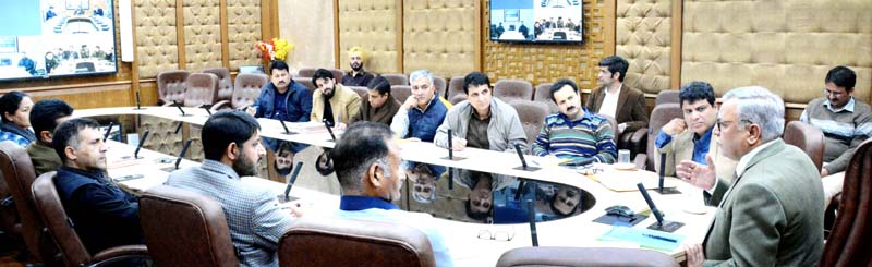 Advisor Farooq Khan chairing meeting to review arrangements for Gulmarg Winter Games.