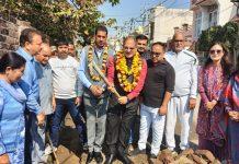 Former Deputy Chief Minister and senior BJP leader Kavinder Gupta inaugurating a construction work.
