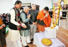 BJP J&K President Ravinder Raina, General Secretary (Org) Ashok Kaul, former Deputy CM Kavinder Gupta and others paying tributes to Late Pt Deen Dayal Upadhayay on his death anniversary at Jammu on Tuesday.