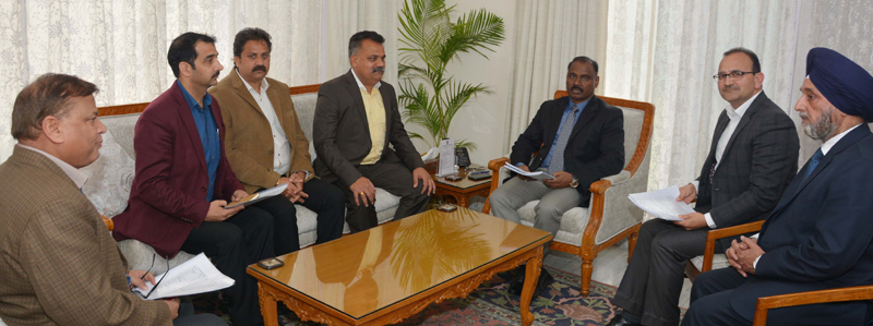 Lt. Governor meeting Chairman and Directors of the Citizens' Cooperative Bank Ltd. on Thursday.