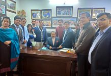 JKCTA members projecting demands before MoS PMO Dr Jitendra Singh at Jammu on Saturday.