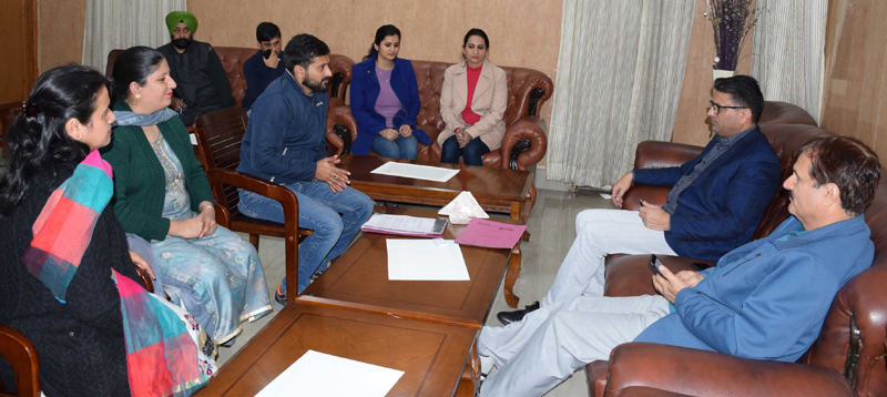 Administrative Secretaries interacting with delegations on Thursday.