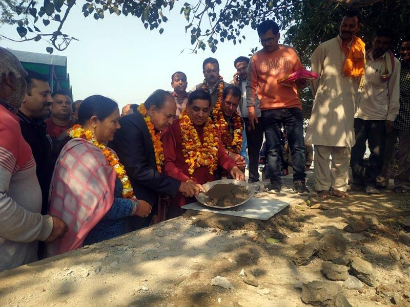 Mayor JMC, Chander Mohan Gupta kick starting development work at Gorkha Nagar, Jammu on Tuesday.