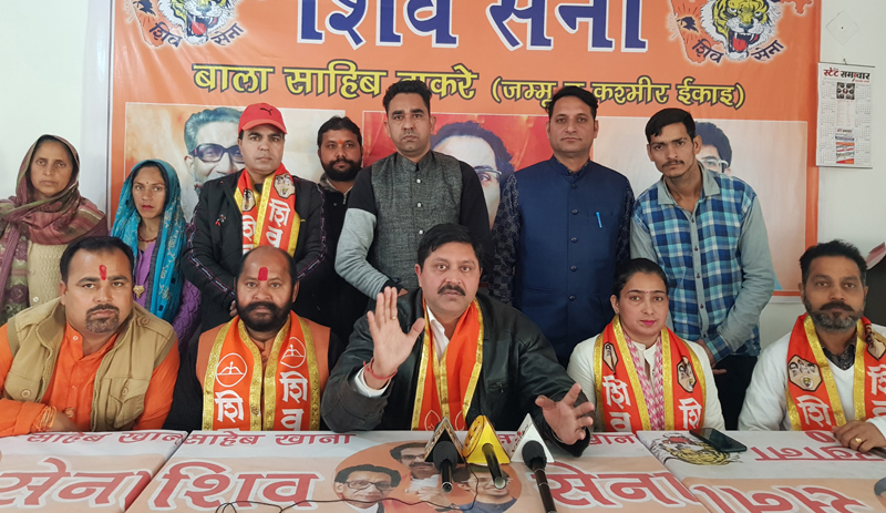 Shiv Sena J&K president, Manish Sahni addressing a press conference at Jammu.