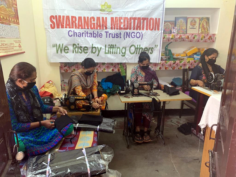 The activists of Swarangan Meditation Charitable Trust led by Raj Kumar Dogra, a meditation Guru, sewing masks at Jammu on Sunday to be distributed among the needy people free of cost so that they can protect themselves from COVID-19.