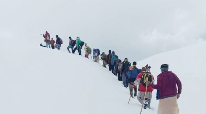 Labourers who trekked through Pir Panchal mountains to reach Rajouri from Kashmir.