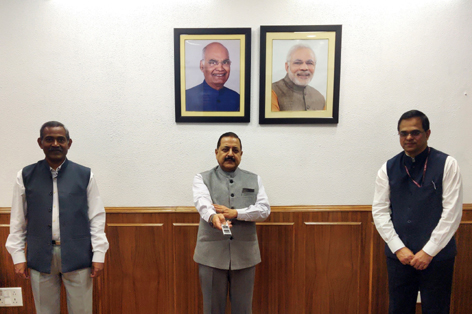 Union Minister Dr Jitendra Singh launching an exclusive National Monitoring Dashboard (NMD) for COVID-19 grievances, through video conferencing, at New Delhi on Wednesday.