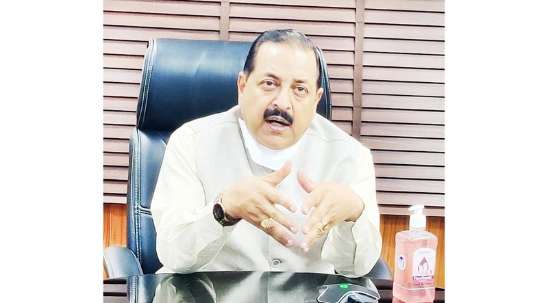 Union Minister Dr Jitendra Singh electronically briefing about the status of COVID related portal grievances and their redressal, at New Delhi on Monday.