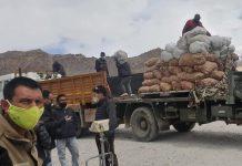 Essential commodities being unloaded in Leh