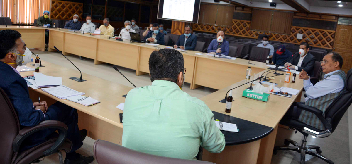 Principal Secretary PDD, Rohit Kansal chairing a meeting at Srinagar on Saturday.