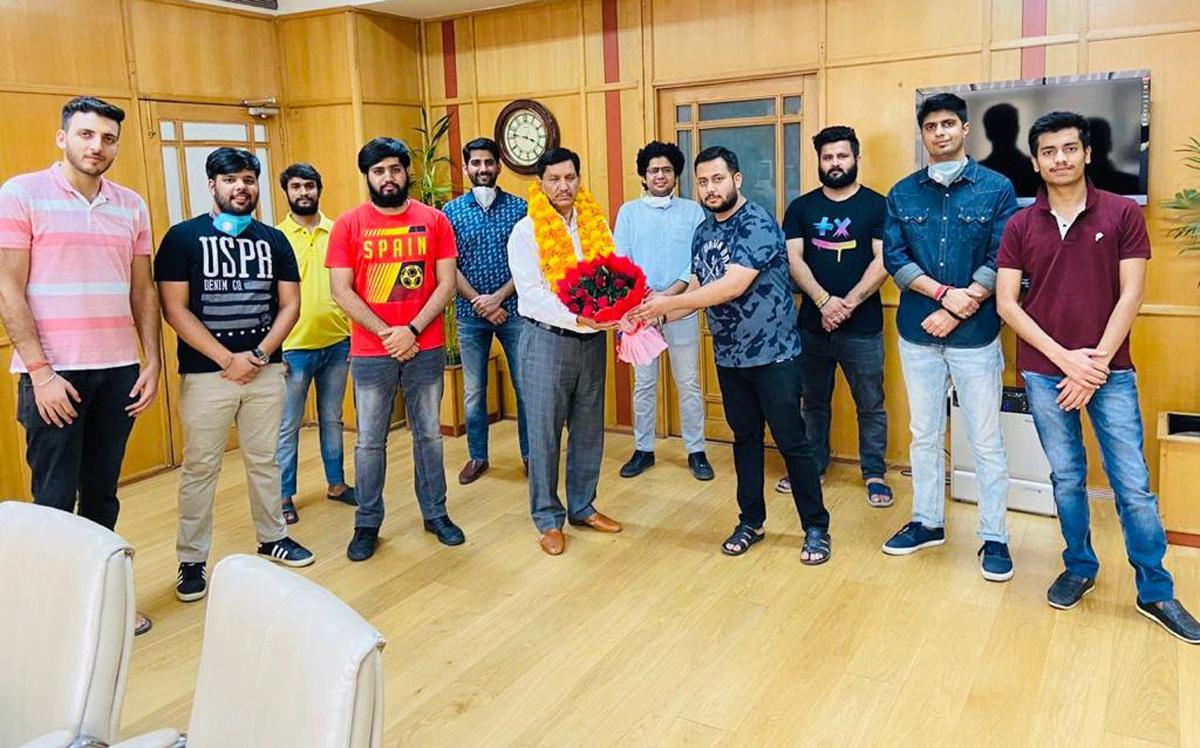 Delegation of youth wing of Mohyal Sabha felicitating J&K Bank CMD, R K Chhibber in Jammu on Friday.