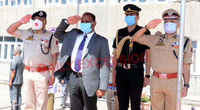 Lieutenant Governor Girish Chandra Murmu taking salute on the partial opening of Civil Secretariat in Srinagar on Monday.
