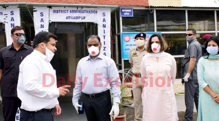 Lieutenant Governor Girish Chandra Murmu and Smita Murmu being briefed by DC Udhampur Piyush Singla at Udhampur Railway Station on Tuesday.