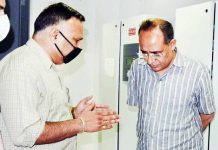 Principal Secretary Power Rohit Kansal during visit to JPDCL data recovery centre.