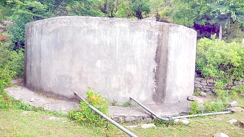 PHE water tank lying non-functional at Darana in Mendhar. -Excelsior/Rahi Kapoor