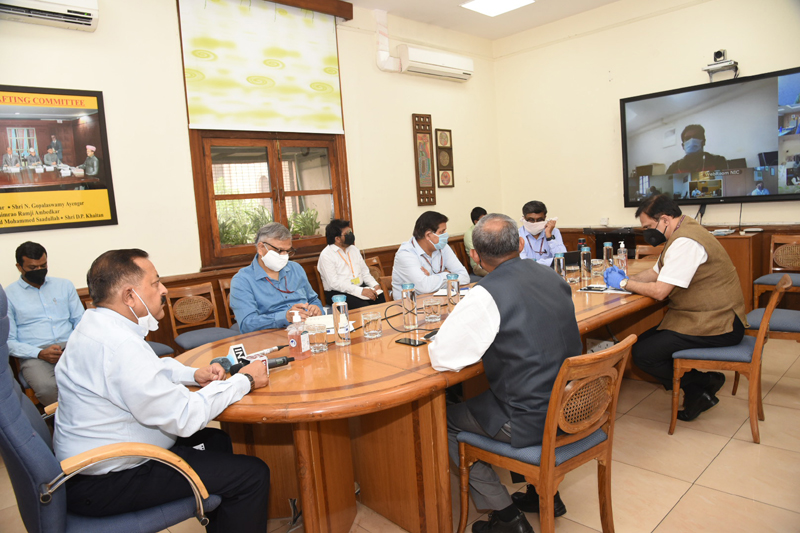 Union Minister Dr Jitendra Singh reaching out to junior employees amid lockdown, through Video Conference, on Wednesday.