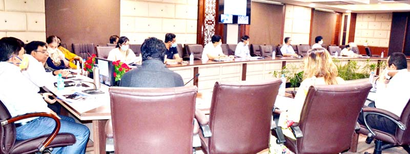 Commissioner Secretary Industries & Commerce Department, Manoj K. Dwivedi chairing a meeting on Thursday.