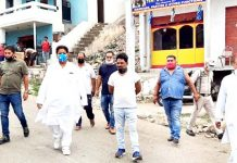 Former Minister Raman Bhalla during visit in Gandhi Nagar Constituency.