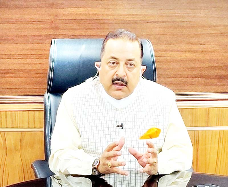 Union Minister Dr Jitendra Singh briefing the media about significant Atomic Energy and Space related reforms in the Prime Minister's Rs 20 Lakh Crore economic package, at New Delhi on Sunday.
