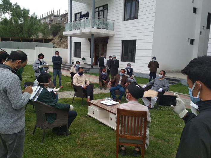 CEC Kargil Feroz Khan interacting with quarantined people.