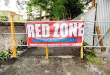 A locality declared as Red Zone in Srinagar on Saturday. -Excelsior/ Shakeel