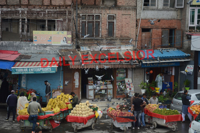 Markets open after more than two and half months in Srinagar on Saturday. -Excelsior/Shakeel
