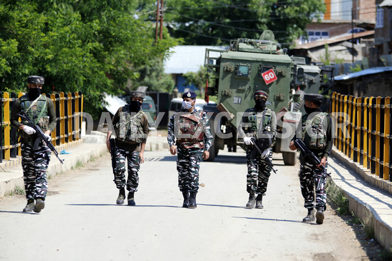 4 militants killed in encounter in Kashmir's Shopian