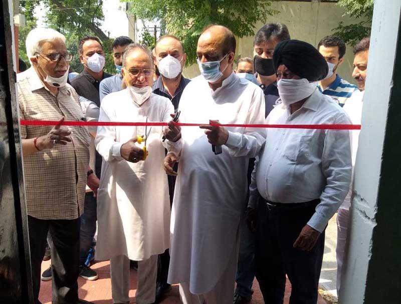 G H Mir inaugurating office of Apni Party at Gandhi Nagar Jammu on Monday.