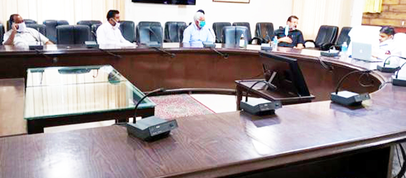 Director Agriculture Jammu, Inderjeet Singh interacting with delegation in his office at Talab Tillo Jammu.