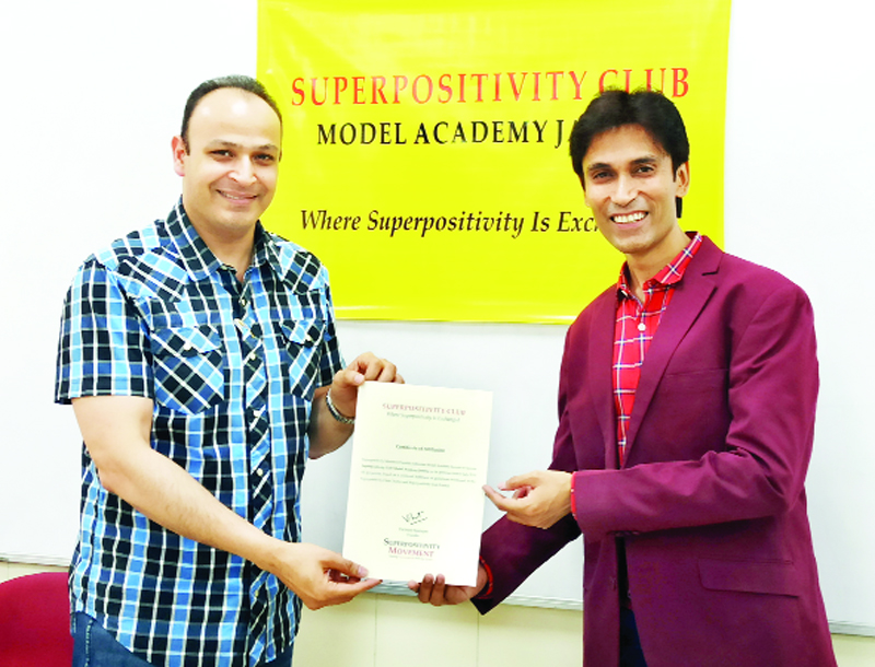 Dr Adit Gupta, Director MIER along with Vickrant Mahajan of Superpositivity Movement on opening of Club in Model Academy, Jammu.