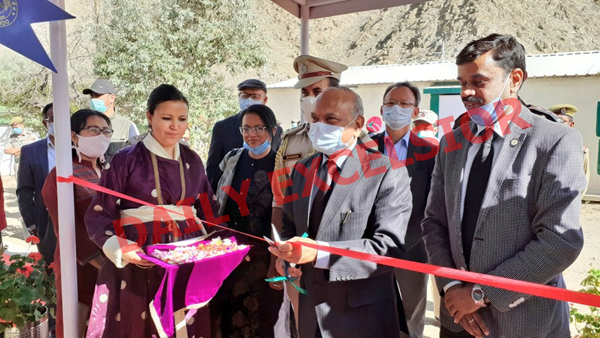 Lieutenant Governor of Ladakh R K Mathur inaugurating COVID-19 test facility at Dihar, Leh established by DRDO. G Satheesh Reddy, Secretary Department of Defence R&D and Chairman DRDO are also seen on his left. —Excelsior Photo