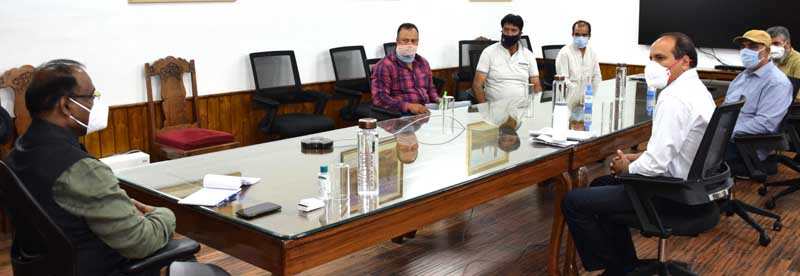 Lieutenant Governor, Girish Chandra Murmu meeting a delegation on Wednesday.