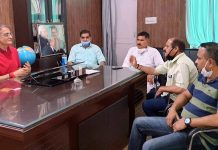 Former Deputy CM, Kavinder Gupta at a meeting with JMC Mayor, C.M. Gupta and BJP leaders at Jammu on Wednesday.