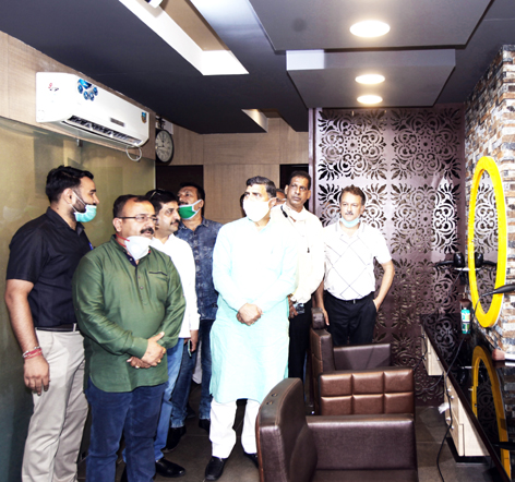 MP Jugal Kishore Sharma during inauguration of 'Page-3 Salon and Café Lounge'. -Excelsior/Rakesh